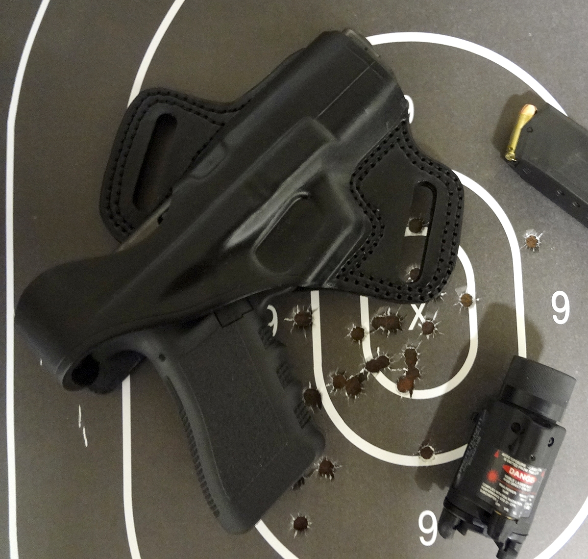 Click image for larger version.  Name:full small pix holster.JPG Views:3394 Size:916.2 KB ID:708